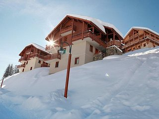 1 bedroom Apartment in Vars, Southern Alps, France : ref 2084690