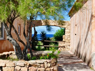 Rural Sardinia! Cottage-Apartment, Sun Terrace And Great Sea Views