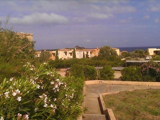 Rural Sardinia! Cottage-Apartment With Blue Sea Views And Beach