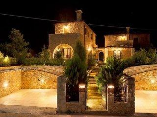 Erwtokritos Villa