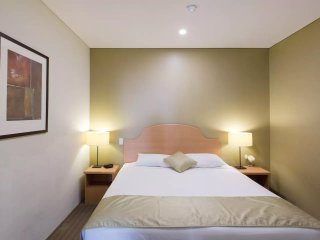 Perth City Executive Apartments Superior Room 205