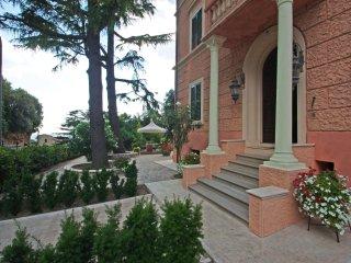 casa vacanze Ferrini appartamenti vicino al centro del paese con posti auto