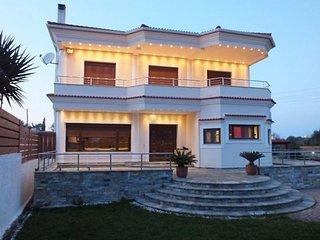 Acharavi Villa