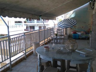 Lovely Summer Terrace apartment in the Athens centre