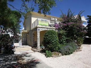 Green Garden Apartments Novalja no2 Studio 20m2