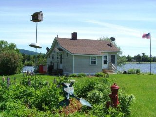 #131 Cottage on water`s edge with 360 degree views!