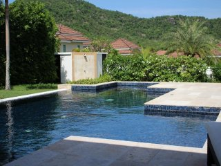 Villas for rent in Hua Hin: V6353