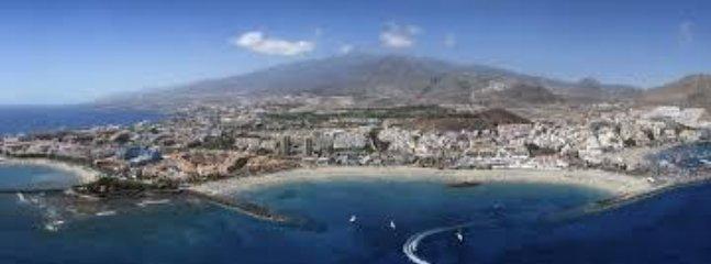 Playa de Las Vsitas, a 500 mts