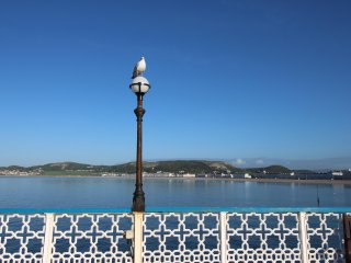 Tram Station Cottage Llandudno - Booking direct with the owners. Sea Views