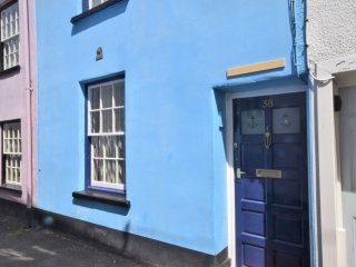 TILLE Cottage in Appledore