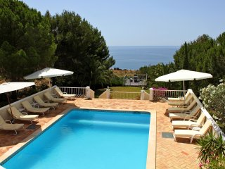 Top Cliff Villa - Luxury oasis and amazing ocean views on the cliff in Algarve!