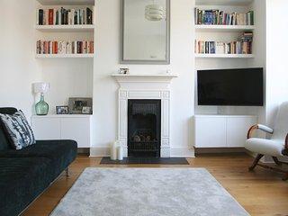 Modern home in West London Village