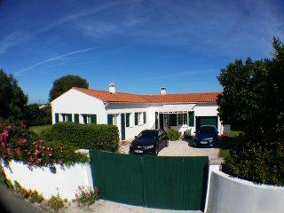villa jardin espace island of Ré st clement