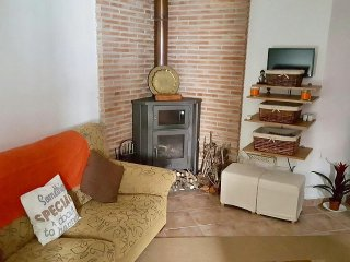 Spacious 1 bedroom Town House Apartment