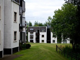 Gleneagles Apartment