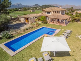 VILLA MOLINER:( Rg ETV 215) . LUXURY& QUIETNESS 3.5 Km. From LLENAIRE BEACH