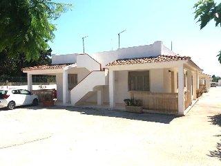 Residence Laguna Blue Villetta -8 a 200 Metri dalla spiaggia dorata di S.Lorenzo