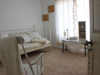 Close to the Hospital! 4 Bedrooms
