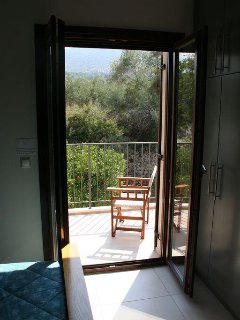 Main bedroom balcony overlooking the White Mountains