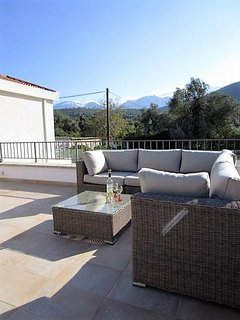 Roof terrace looking over to the White Mountains