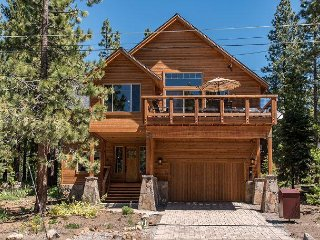 New High-End 5BR w/ two Master Suites – Minutes to Northstar & Beach