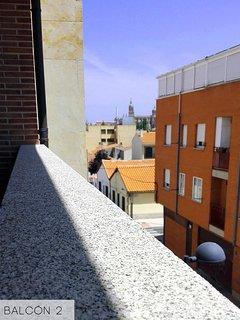 Vistas a la catedral  desde el balcón de la habitación con cama de matrimonio de la segunda planta.