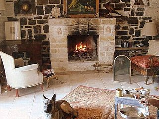 FRENCH ENGLISH STYLE COUNTRY HOUSE 3 MIN WALK FROM THE SEA .