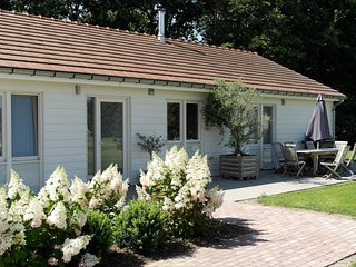 10-persons holiday house close to Belgium and coast side