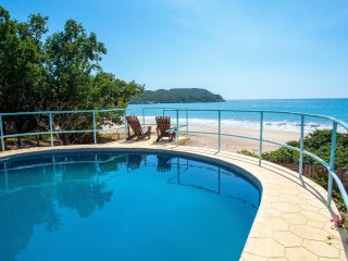 Bliss By The Sea: Villa w/ Pool & Beach Access