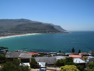 Grand Fish Hoek Manor, Sea Views from every roo