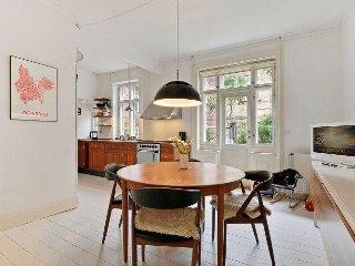 Great Copenhagen apartment near Ryparken station