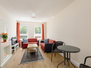 Private Parking, Steam / Jet / Shower, Central / Leith, Ground Floor
