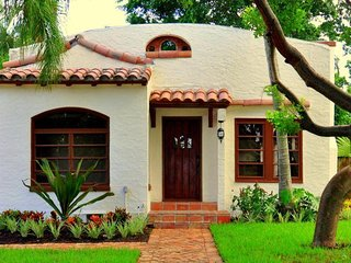 Casa Bronce Vacation Home