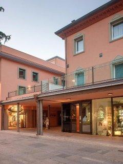 Lussuoso appartamento nel cuore di Riccione a due passi da Viale Ceccarini.