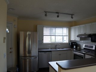 2 Bedroom Penthouse in Downtown
