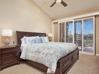 Fairway & Mtn views! Newly remodeled in Palm Valley Country Club