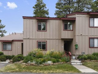 Lodge 3026 is a warm family-friendly vacation condo for your next Pagosa