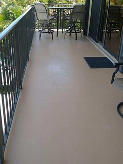 '17 refinished ALL balcony/step flooring! Access front balcony sliders to roomy LR, DR + Kitchen!