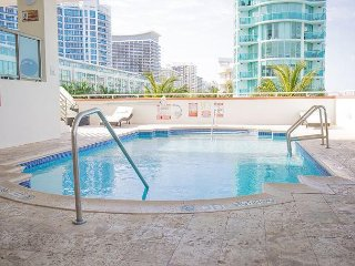 Sixty Sixty Hotel : Miami Beach Free Parking
