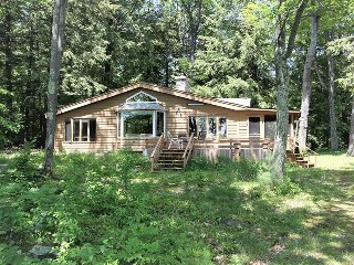 Muskoka Long Lake Sanctua cottage (#1165)