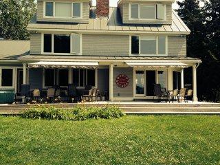 Spectacular Lake Champlain house
