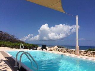 pool, ocean view