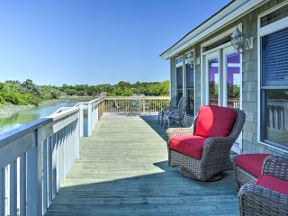 Waterfront North Myrtle Beach Home w/Floating Dock