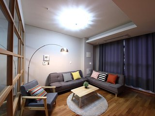 3 bedrooms 2 bathrooms, 3 min Gangwha-mun/Jongno station