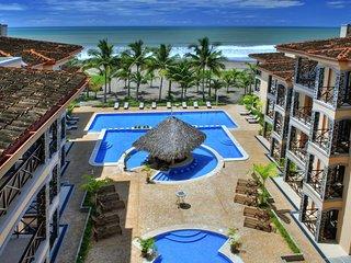 Beachfront Bargain Penthouse in Jaco - Bahia Encantada - Incredible Sunset Views