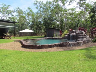 Tropical Oasis Holiday Home - Darwin NT