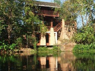 Baan Sammi — Tai Saeng Chan Pavilion (Moonlight Pavilion)