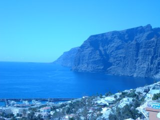 Beach apartment in sunny Los Gigantes