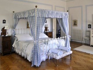 Bedrooms in Villa up to 10 people near Florence