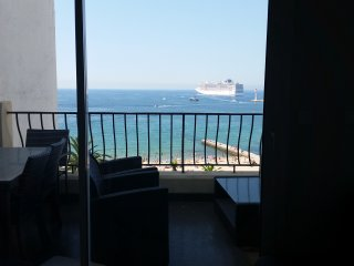 Cannes Luxurious Two Bedrooms Apartment